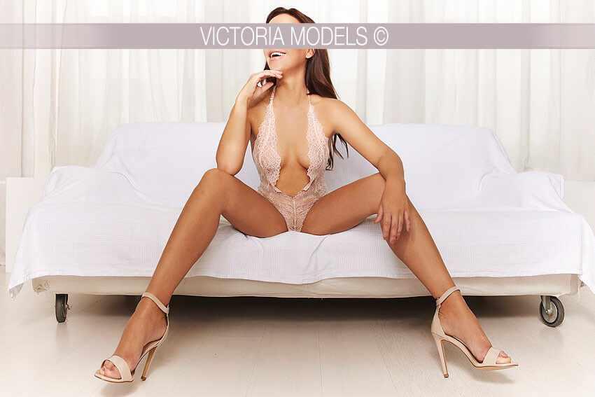 escort-model-berlin-maya015