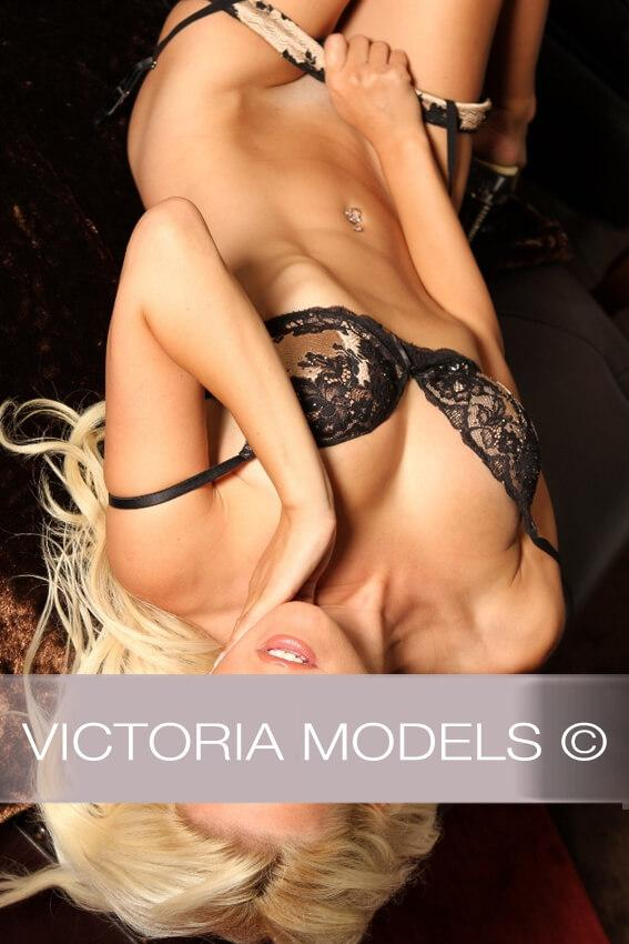 Escort Model Düsseldorf Samantha 08